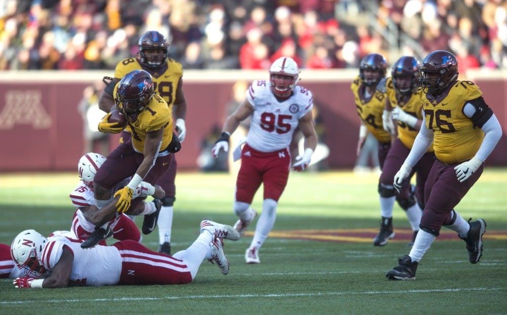 Minnesota turns on the scoring to rout Nebraska