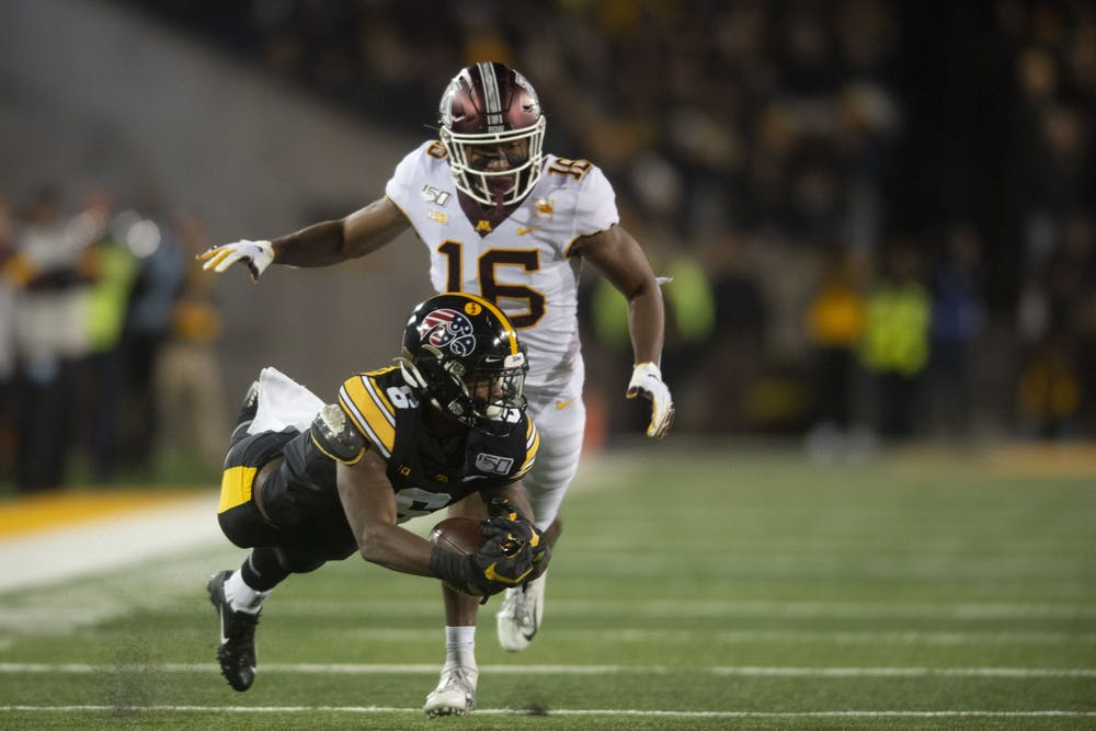 Gophers defense's early struggles lead to loss against Iowa