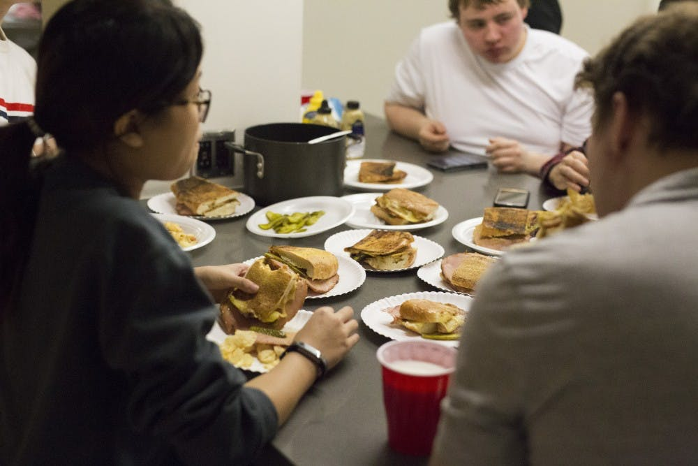 Cooking club finally comes to UMN