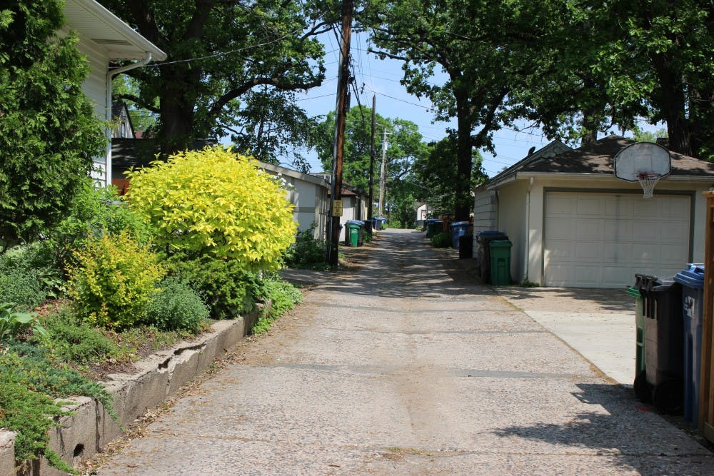 U research aims to find health benefits of Twin Cities' green alleyways