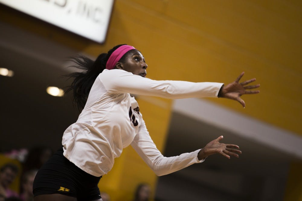 Gophers volleyball players travel to Colorado with national team ambitions