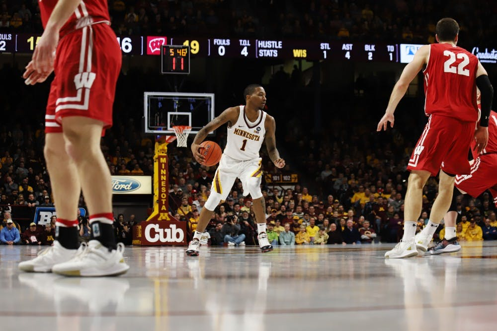 Gophers hindered by lack of 3-point shooting