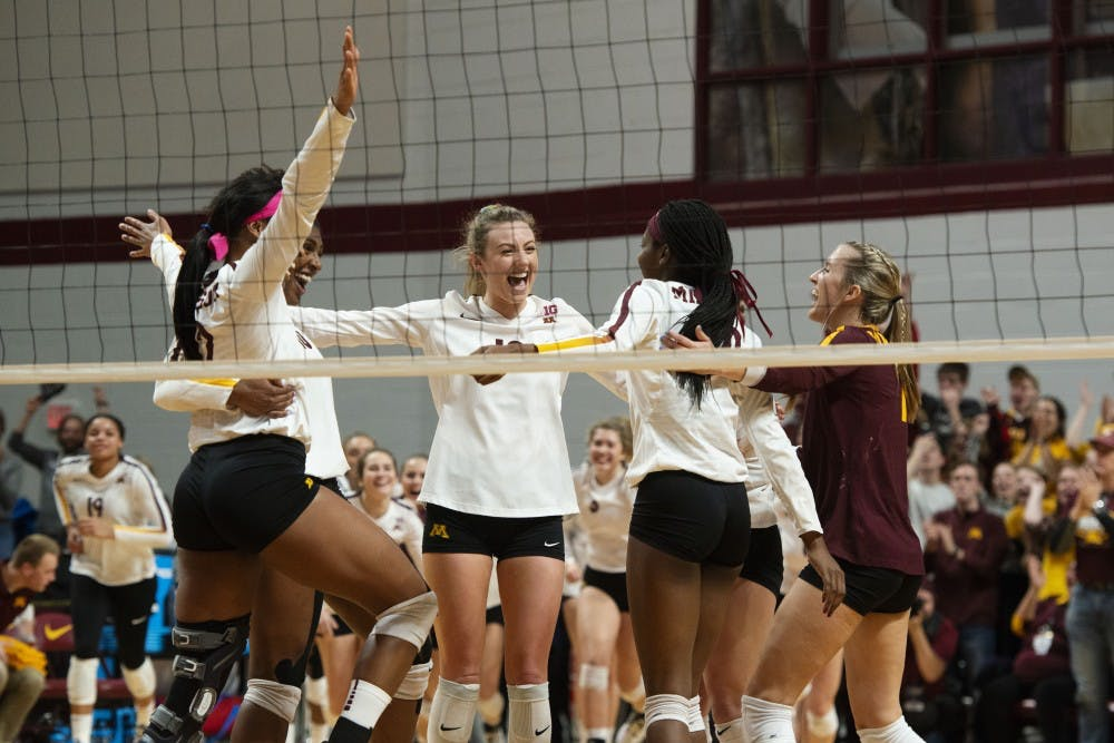 Minnesota starts the NCAA Tournament with a sweep over Bryant