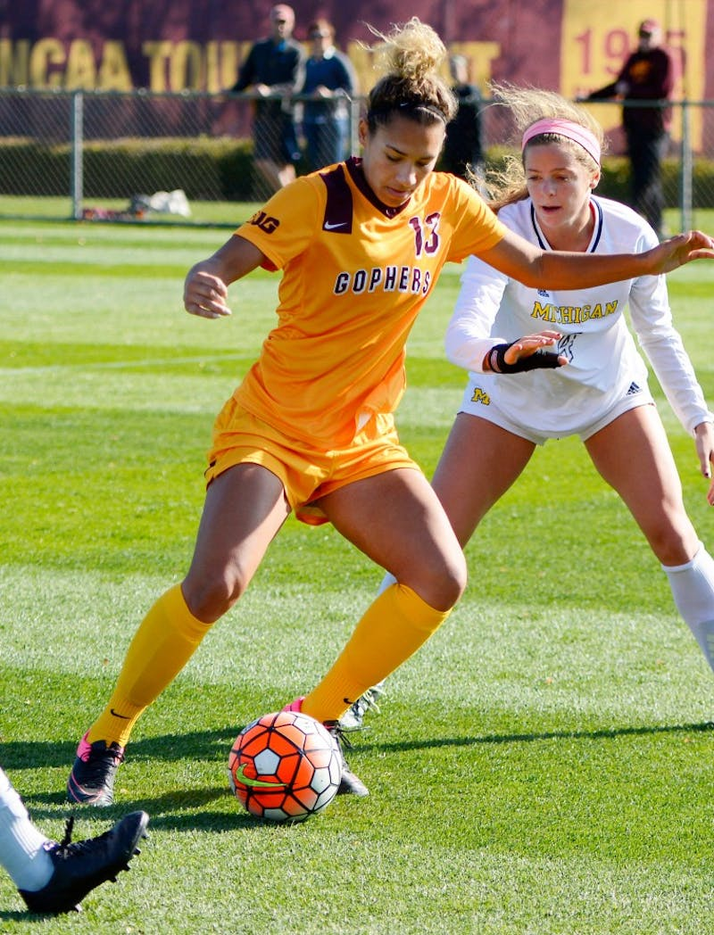 Junior forward Taylor Stainbrook dribbles the ball at Elizabeth Lyle Robbie Stadium on Oct. 18.