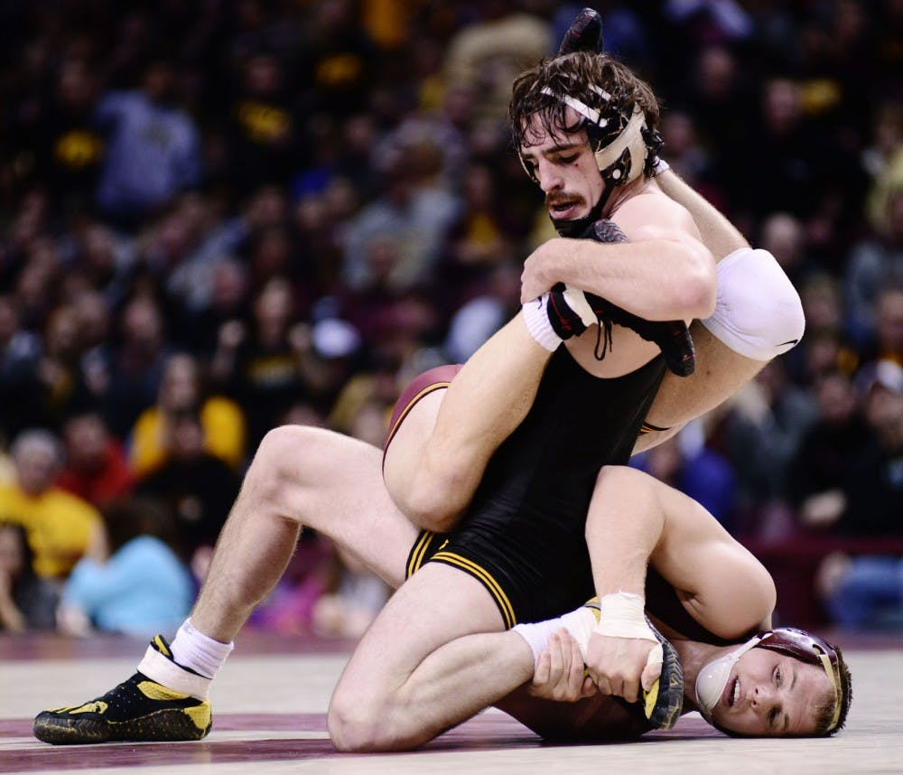 Hawkeyes edge Gophers in rivalry match