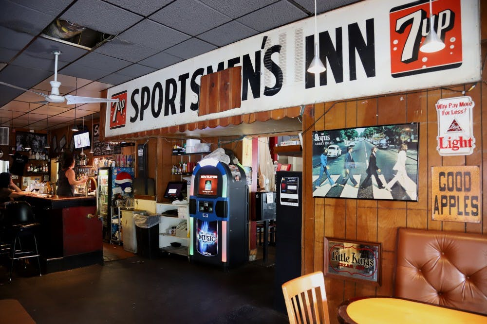 Sporty's Pub and Grill in Como closing at the end of the month
