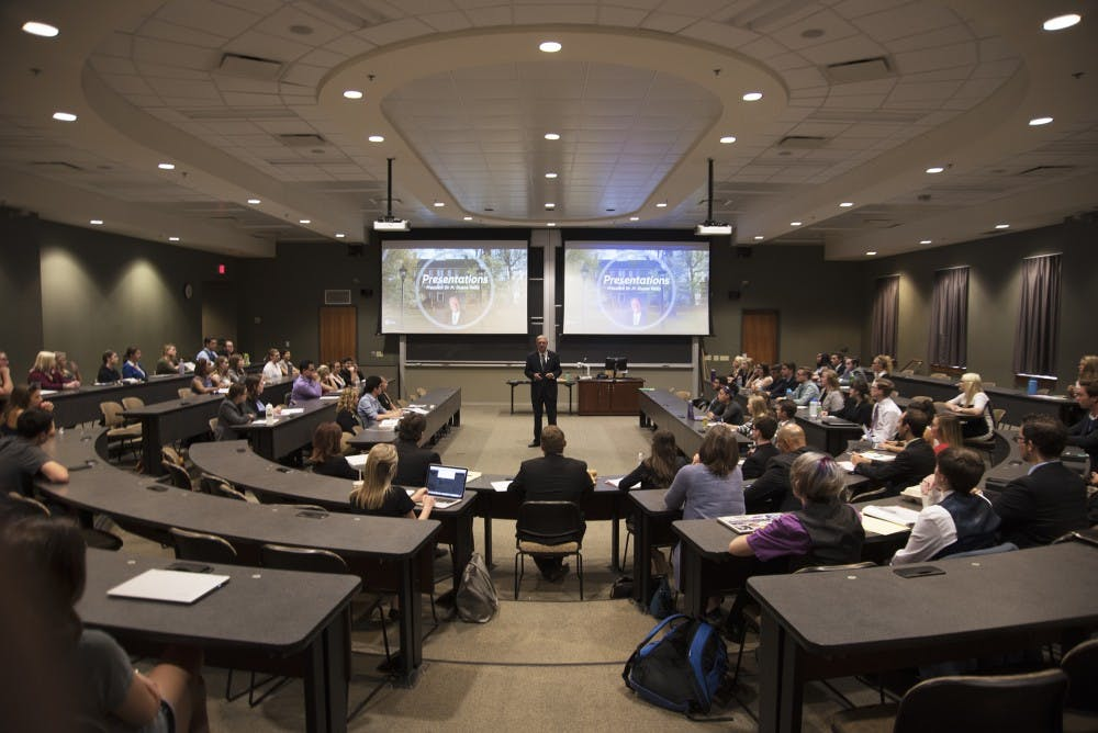 Student Senate: Members pass bill asking university to invest in alternative energy resources