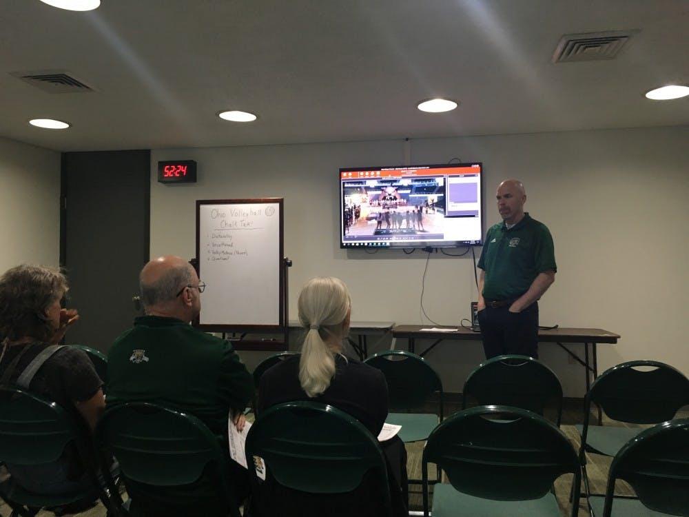 Volleyball: A look inside one of coach Deane Webb's fan-oriented 'Chalk Talks'