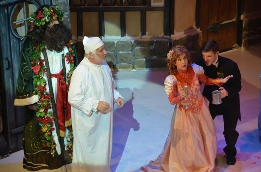'A Christmas Carol' entertains with projections, humor at Ohio University's MemAud