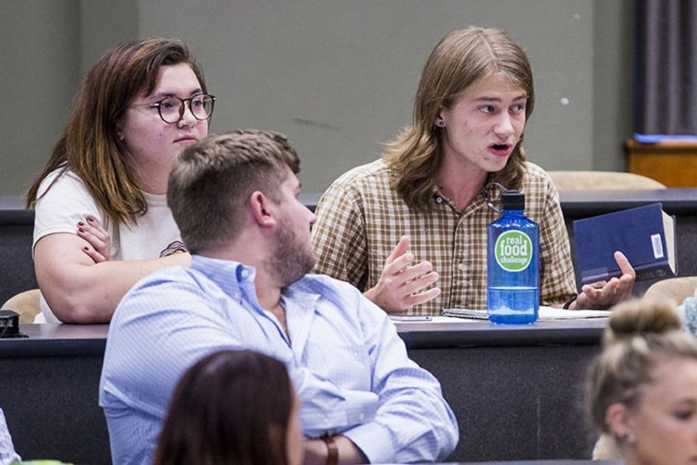Six members of Ohio University Student Senate resign