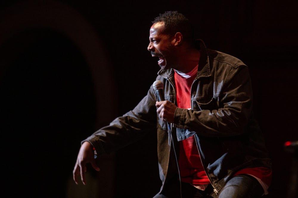 Marlon Wayans comedy hour to pack lots of comedy with a heartfelt message