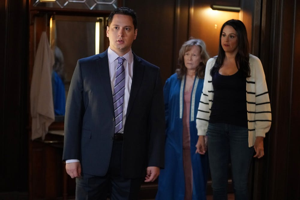 TV Review: 1 of the Keating 4 was killed off in the jaw-dropping fall finale of 'How to Get Away with Murder'