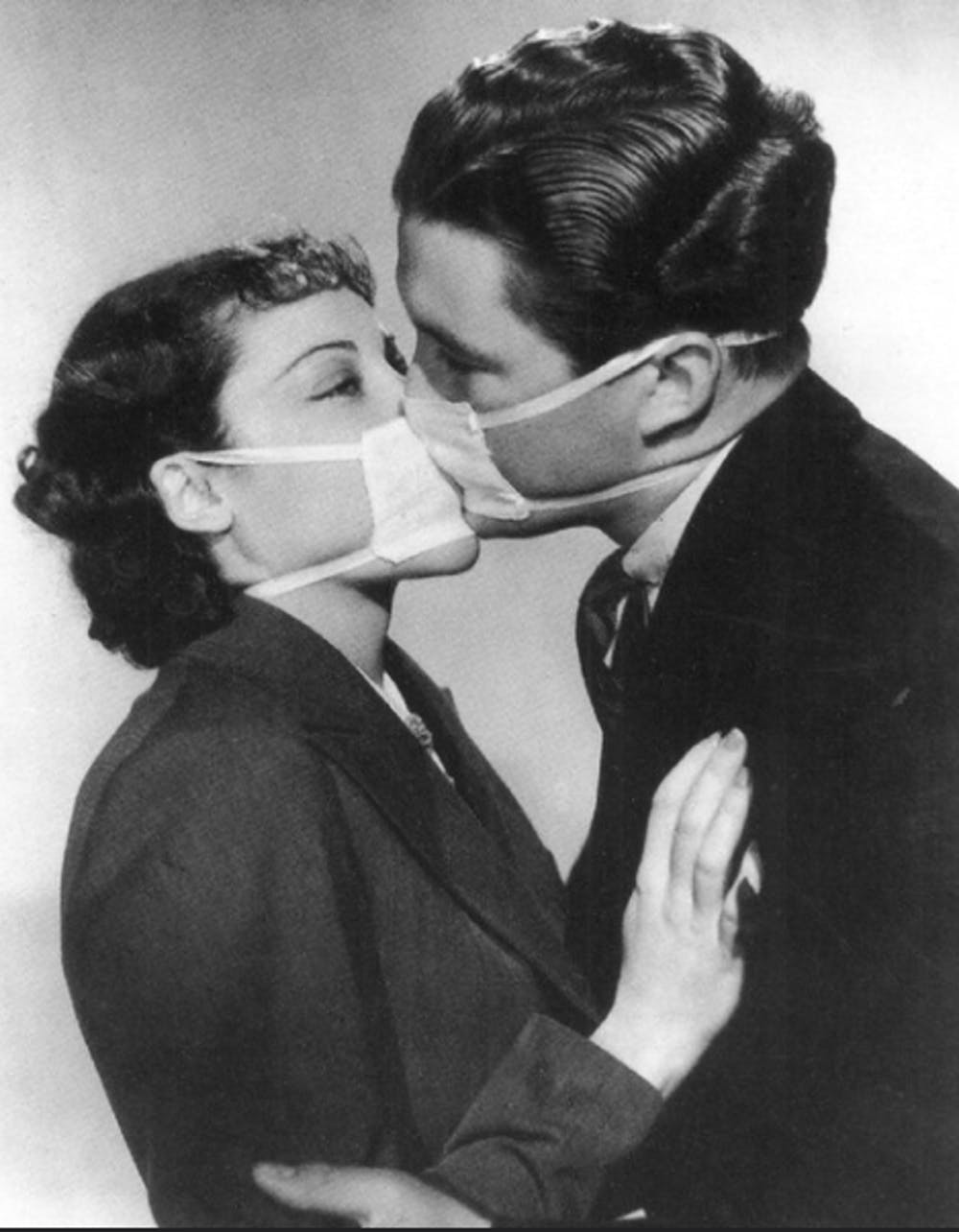 Here's what dating looked like during a previous pandemic