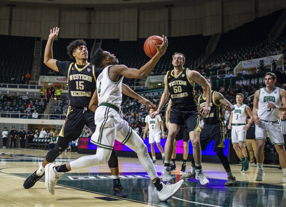 Men's Basketball: Ohio defeats Western Michigan 81-76