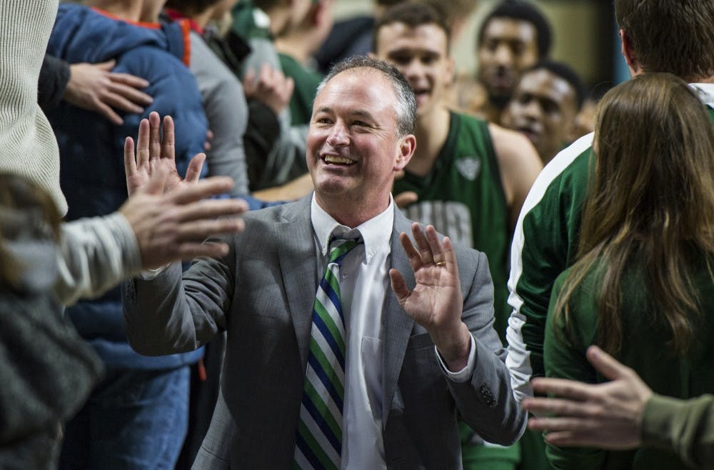 Men's Basketball: Ohio continues streak of dominance over Miami in 75-66 win