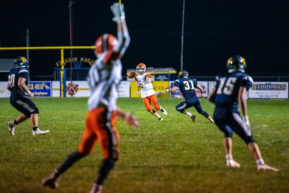 High School Football: Nelsonville-York returns to playoffs against Symmes Valley