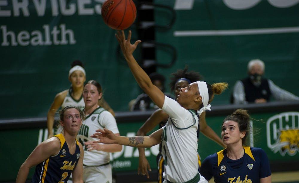 Women's Basketball: Cece Hooks leads dominant defense against Toledo