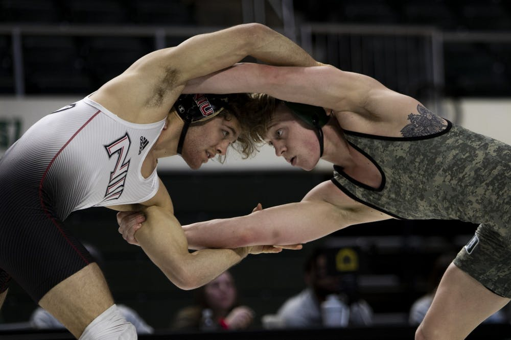 Wrestling: Ohio gets swept in Sunday doubleheader