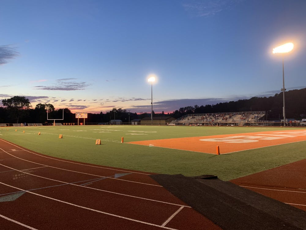 High School Football: Nelsonville-York looks to get its first win at Wellston
