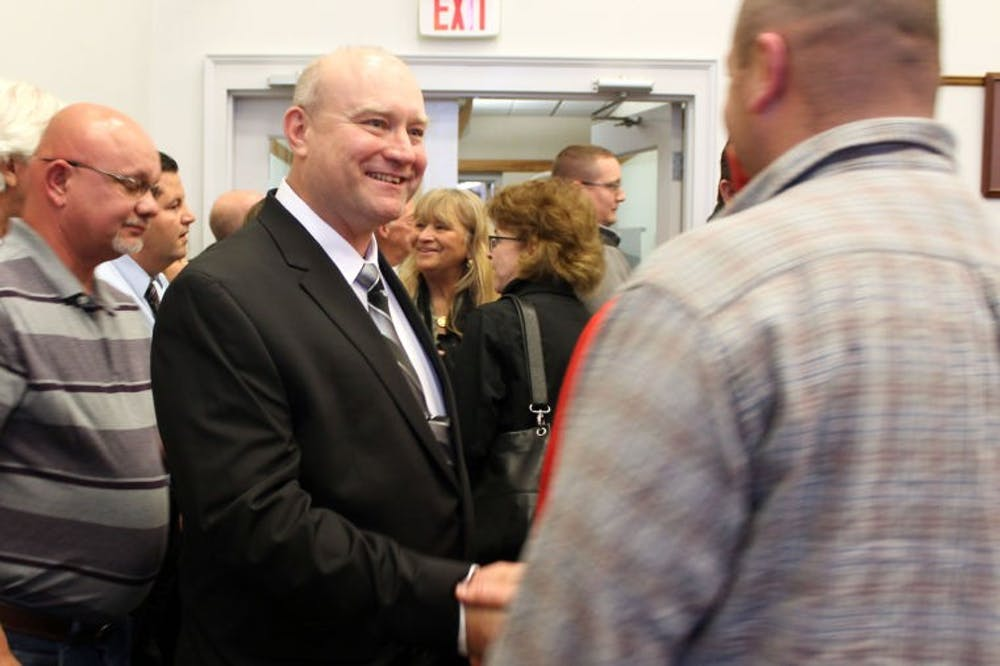 Committee elects Smith as interim sheriff