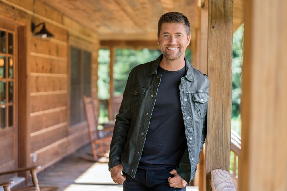 Josh Turner will have people dancing in MemAud on Saturday