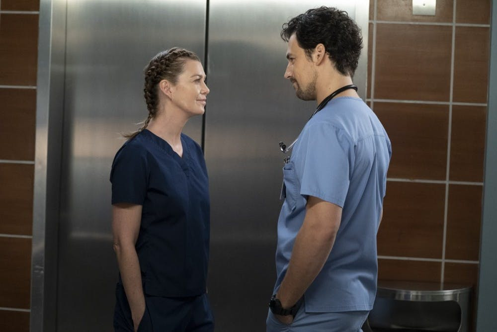 TV Review: Meredith is finally happy on 'Grey's Anatomy' — and she has two men to choose from