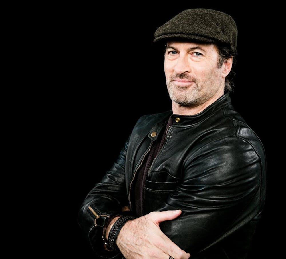 Q&A: Scott Patterson talks 'Gilmore Girls,' baseball, music and more