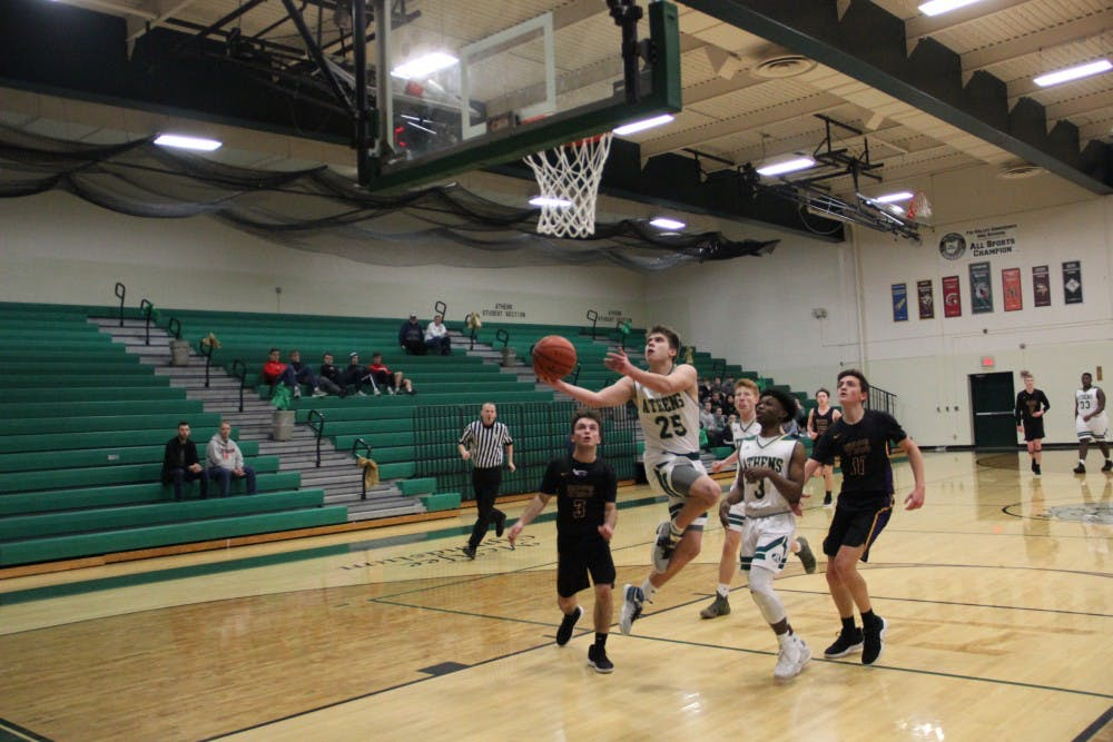 Athens Basketball: Bulldogs cruise to win behind 20 points from Maxfield