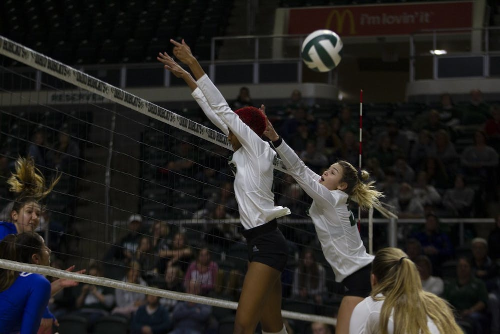 Volleyball: Ohio clinches tournament spot with third-straight sweep