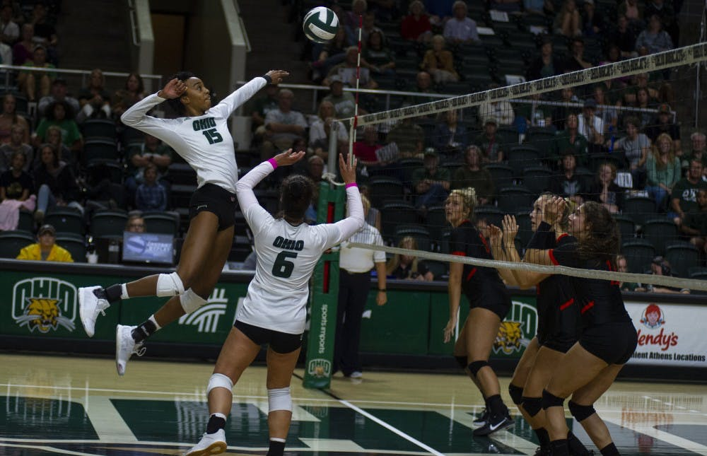 Volleyball: Ohio blows early lead, falls to Bowling Green