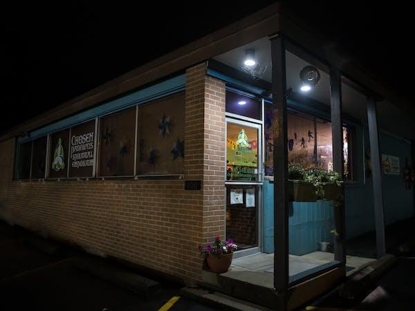 Chosen Pathways Spiritual Emporium located in Athens, Ohio.