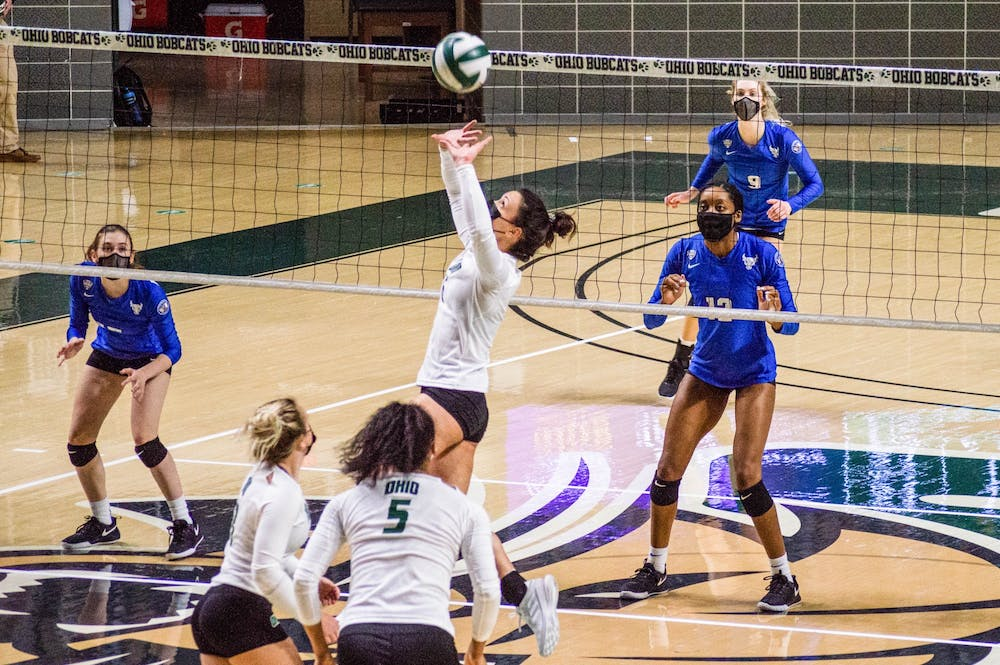 Volleyball: Ohio sweeps Buffalo 3-0 in a tough match