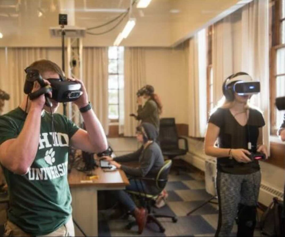 GRID Lab, leadership class promote technological collaboration through simulation