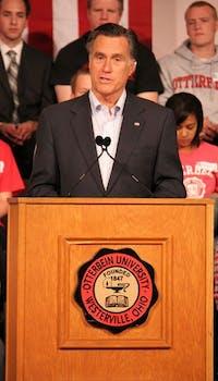 Romney speaks to Otterbein students.