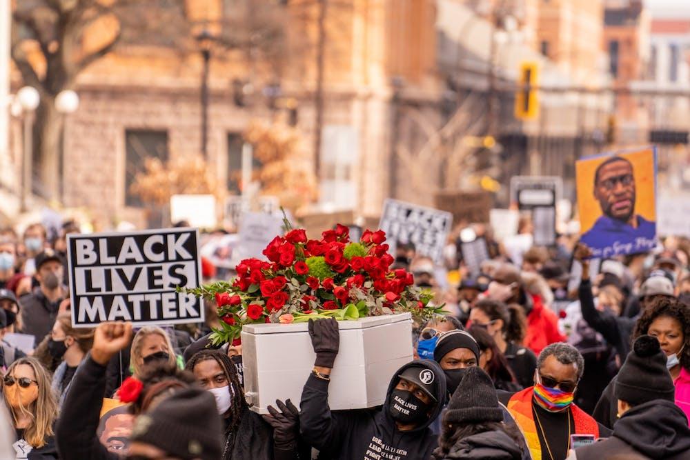 "<h6>""Derek Chauvin Trial March"" by Chad Davis / <a href=""https://www.flickr.com/photos/146321178@N05/51013623363"" target=""_self"">CC BY-SA</a></h6>"