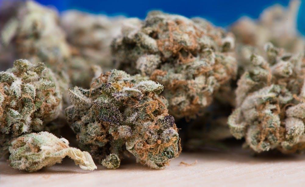 cannabis2150543_1280