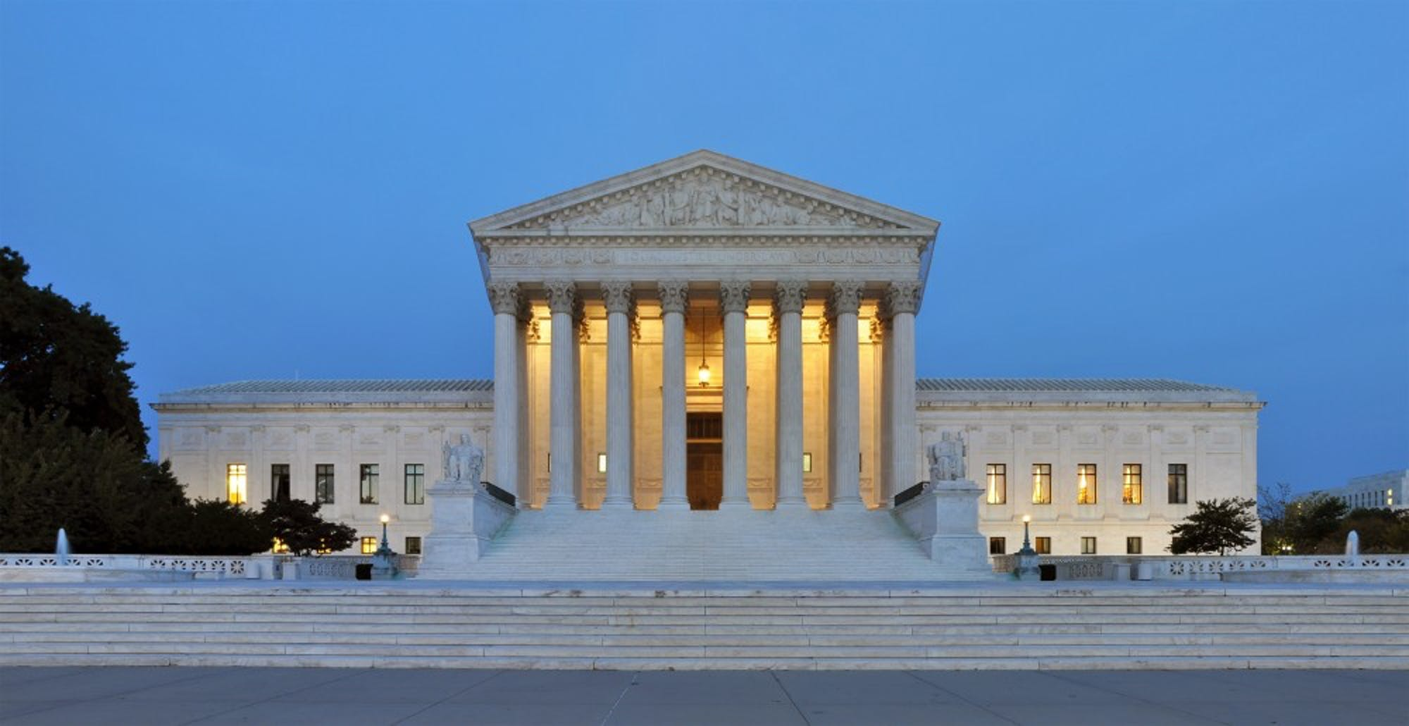 panorama-of-united-states-supreme-court-building-at-dusk
