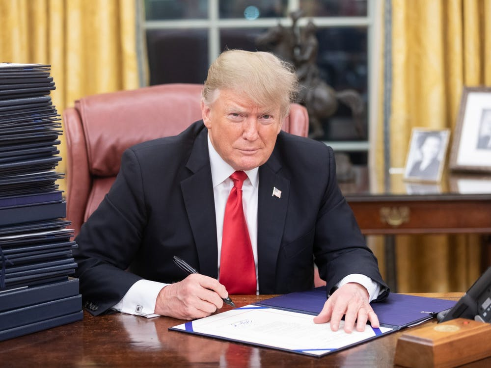 President Donald Trump in the Oval Office White House Photographer Shealah Craighead / Flickr