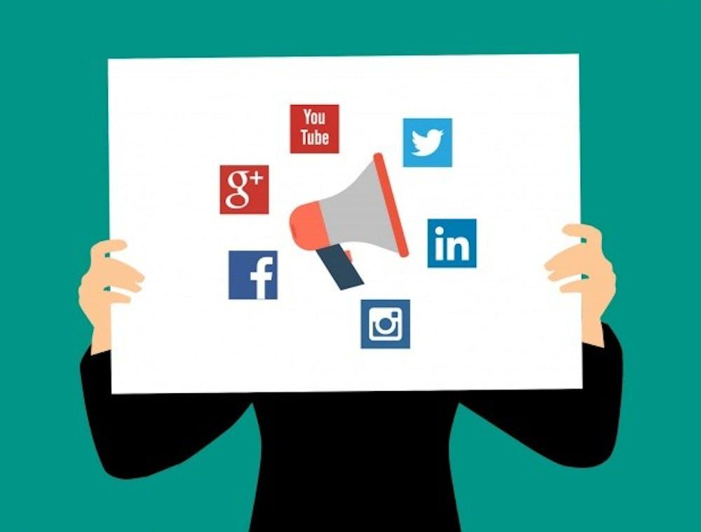 social-media-15154432970z6