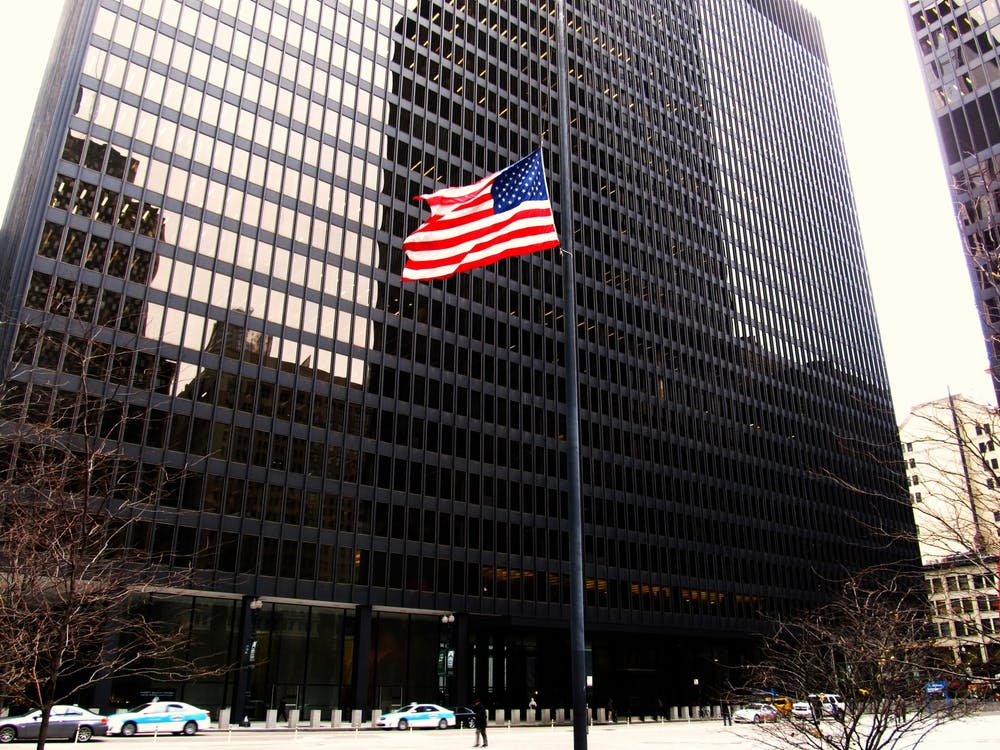 """<h5>Everett McKinley Dirksen Courthouse, home of the 7th Circuit Court of Appeals.</h5> <h6>""""Dirksen United States Courthouse, Chicago Loop, Chicago, Illinois"""" by Ken Lund / <a href=""""https://commons.wikimedia.org/wiki/File:Dirksen_United_States_Courthouse,_Chicago_Loop,_Chicago,_Illinois_(11004376983).jpg"""" target=""""_self"""">CC SA 2.0</a></h6>"""