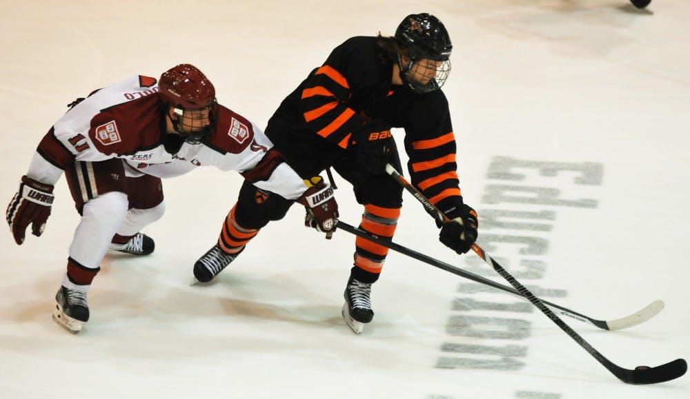 20131116_MHockeyV.Harvard_BenKoger_1055