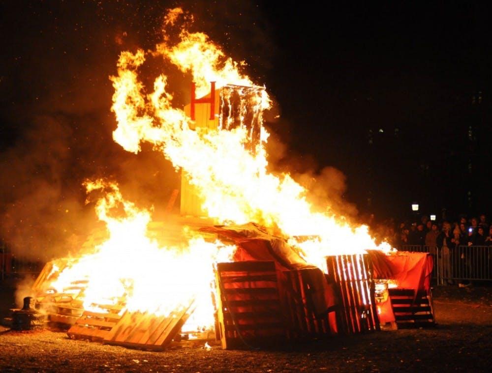 20131125-bonfire-merrillfabry-3300-1024x7771