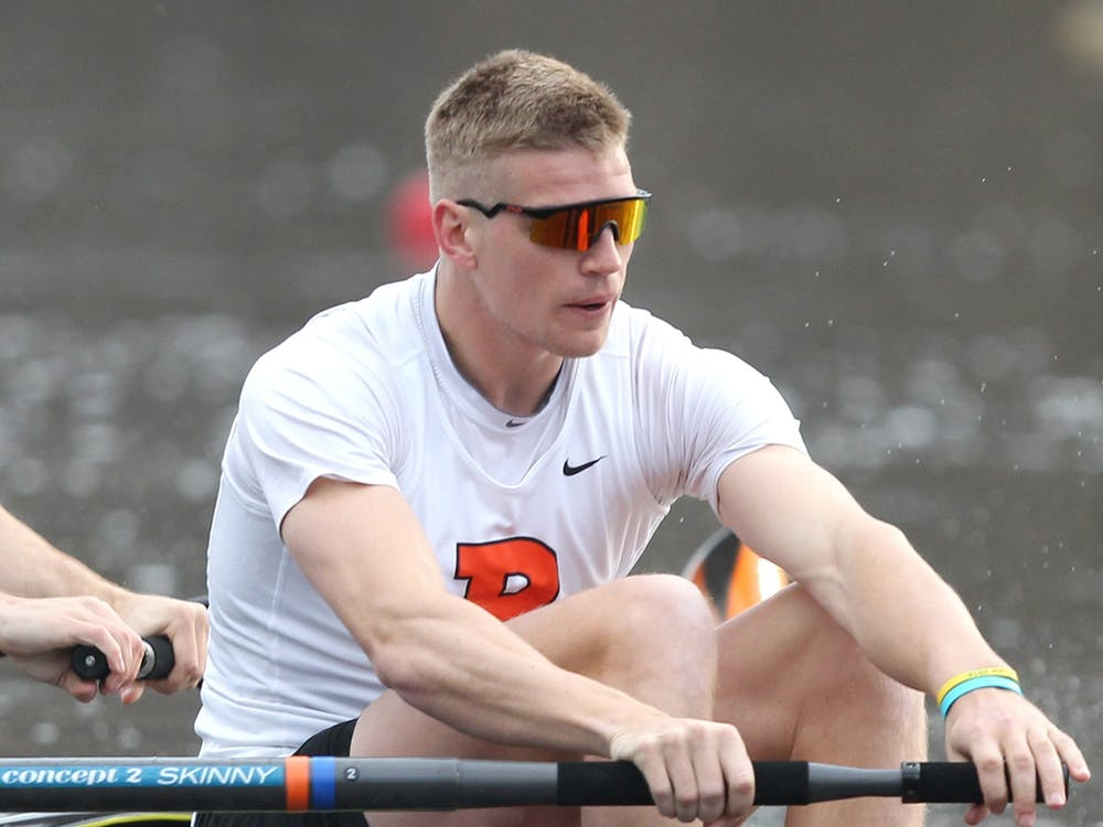 Tom George '18 rowing for Princeton in 2017. Courtesy of Beverly Schaefer / GoPrincetonTigers.com