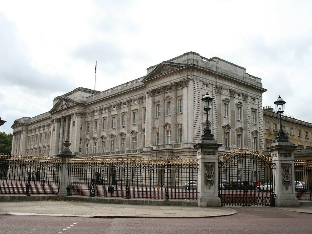 """Buckingham Palace, London"" by Merlin UK / CC BY-SA 3.0"