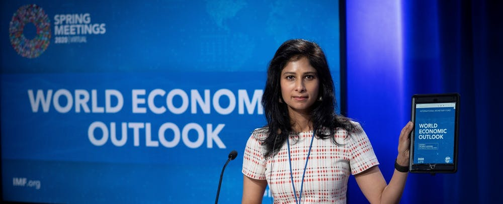<h5>Gita Gopinath GS '01 presenting the IMF's 2020 World Economic Outlook in April 2020.&nbsp;</h5> <h6>IMF Photo / Cliff Owen</h6>
