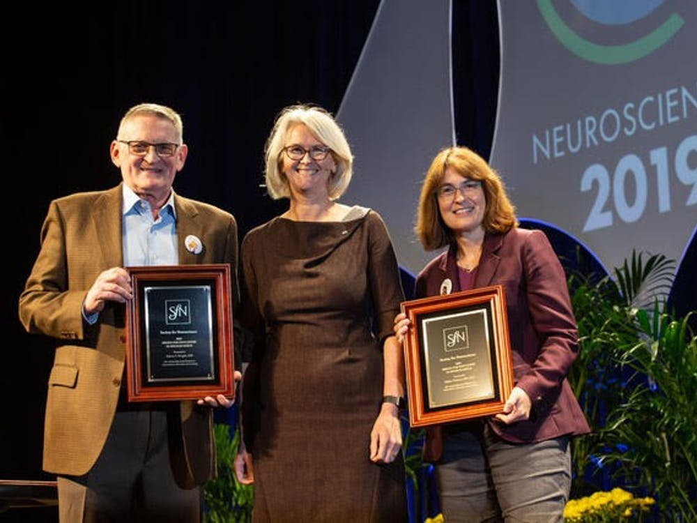From left to right: Robert Knight, co-recipient of the award from Berkeley, Cal.; Diane Lipscombe, the President of the Society for Neuroscience; and University psychology professor Sabine Kastner, co-recipient of the award.  Photo Courtesy of Sabine Kastner