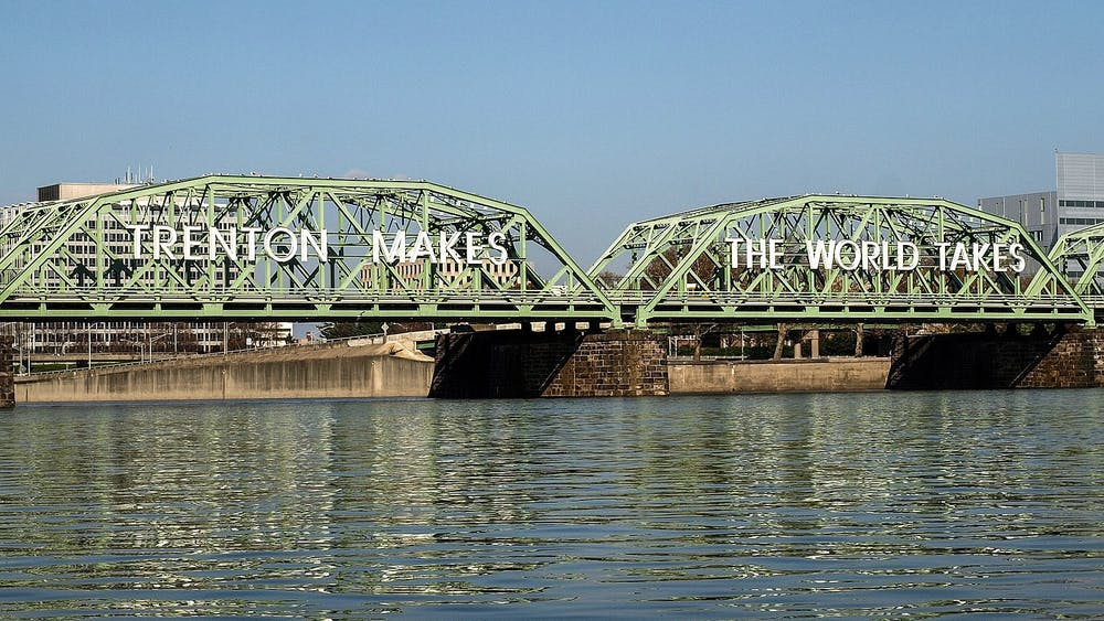 """<h6>Courtesy of Jag 9889 / <a href=""""https://commons.wikimedia.org/wiki/File:Lower_Trenton_Bridge_20091103-jag9889.jpg"""" target=""""_self"""">Wikimedia Commons</a></h6>"""