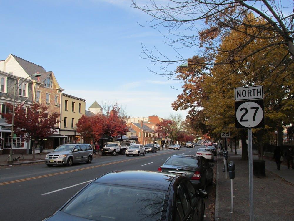 Nassau Street. John Phelan via Wikimedia Commons