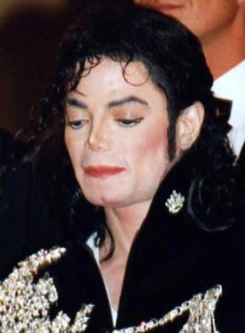 "<p><a href=""https://commons.wikimedia.org/wiki/File:Michael_Jackson_Cannes.jpg"" target=""_self"">Georges Biard / Wikimedia Commons</a></p>"
