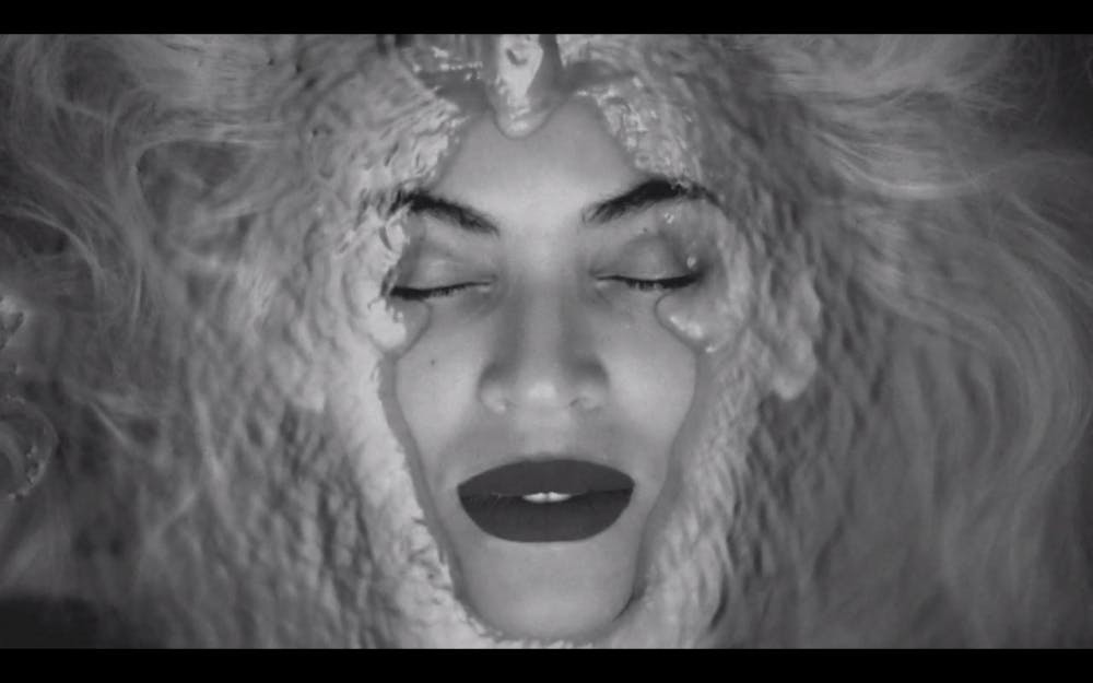 Best of 2013 - 'BEYONCÉ' - The Night Bey Blessed Us With Her Visual Album
